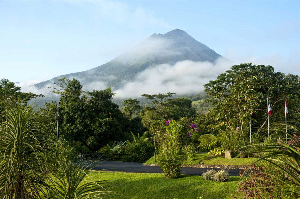 Arenal-Volcano-&-Hot-Springs
