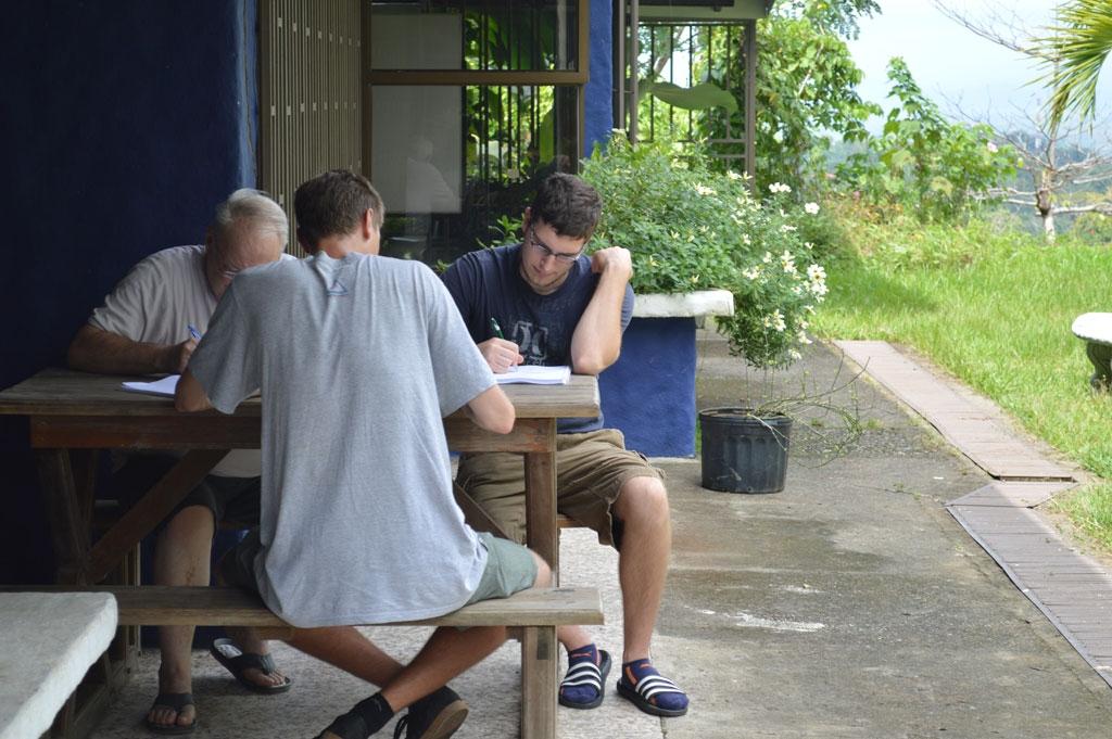 Study-Spanish-Costa-Rica